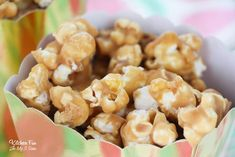Peanut butter popcorn takes a snack your family likes, to a snack they'll love. This recipe is super quick and easy to make. Peanut Butter Muddy Buddies, Peanut Butter Popcorn, Peanut Butter Recipes, Easy Snacks, Yummy Snacks, Yummy Food, Fun Food, Tasty, Appetizer Recipes