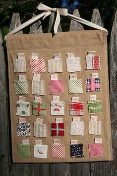 Advent calendar tutorial Could make each pocket look like a present?