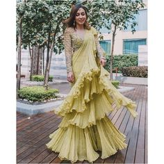 Indian Bridesmaid Dresses, Bridesmaid Outfit, Indian Dresses, Wedding Dresses, Dress Indian Style, Indian Outfits, Indian Wear, Ethnic Outfits, Indian Wedding Guest Dress