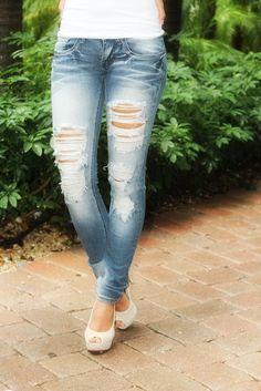 Super Destroyed Skinny Jeans