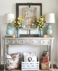 Since fall is already here, start fast by decorating your living room in lovely fall colors. My favorite season of all, fall brings joy, warm colors and a holiday vibe in your home, so here are six dreamy suggestions for your lovely home: 1. Make a fall corner Get cozy in a corner of your living room and read a