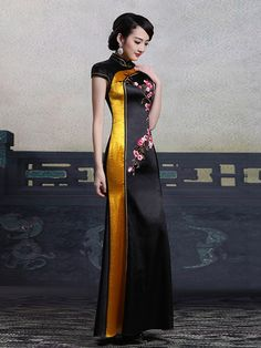 Custom Tailored Black Fishtail Qipao / Cheongsam Maxi Dress Oriental Fashion, Asian Fashion, Fashion Fall, Girl Fashion, Ao Dai, Asian Style Dress, Cheongsam Dress, Chinese Clothing, Stunning Dresses