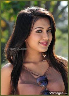 Catherine Tresa Cute HD Photos – Source by Beautiful Girl Image, Beautiful Eyes, Beautiful Women, Bollywood Actress Hot Photos, Actress Photos, Vintage Black Glamour, Stylish Girl Images, Cute Girl Photo, Beauty Full Girl