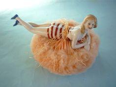 FABULOUS ART DECO POWDER PUFF WITH NUDE BATHING BELLE PORCELAIN HALF DOLL | eBay