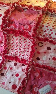 We love rag quilts! Valentines Day Baby Owls Rag Quilt @flutterflybaby via Etsy