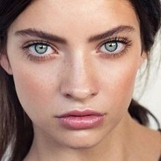 Dewy minimal makeup, freckles, eyebrows