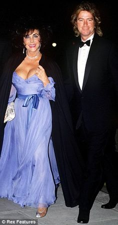 Elizabeth Taylor and Larry Fortensky in London in 1991.  Divorced 1996.