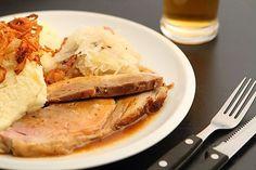Vepřo knedlo zelo: Podle tohoto návodu ho zvládne každý! - Proženy Pork, Food And Drink, Turkey, Menu, Dinner, Inspiration, Kitchens, Kale Stir Fry, Menu Board Design