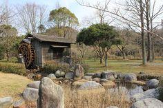 浜松、湖東の森の水車。 子供の頃の思い出が詰まってます。 小学校の校歌にも入ってた・・・というより、歌詞が学校よりもこの森の水車主役だった。