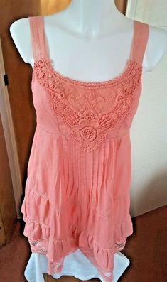 BNWT COUNTY CASUALS PINK SEQUIN NECK TRIM COTTON TOP SIZE 8-22