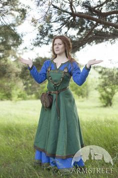 "Linen Viking Costume ""Ingrid the Flametender"""