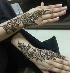 Hands Henna Mendhi