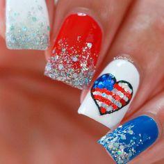 82 Glitter Nail Art Designs by Gabby Morris - Cool Fashion Accessories Flag Nails, Patriotic Nails, Thin Nails, Red Nails, Holiday Nails, Christmas Nails, Nail Length, Nails First, Glitter Nail Art