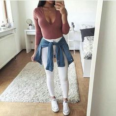 I love this outfit is so pretty and casual for the college or school Outfits For Teens, Casual Outfits, Cute Outfits, Teen Fashion, Fashion Outfits, Womens Fashion, Spring Outfits, Winter Outfits, Vetement Fashion