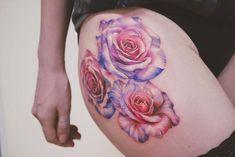 Simple Tips for Creating Unique Tattoo Designs Delicate Tattoos For Women, Sexy Tattoos For Women, Amazing Tattoos For Women, Tattooed Women, Bad Tattoos, Rose Tattoos, Tatoos, Geometric Shape Tattoo, Tattoos Lindas