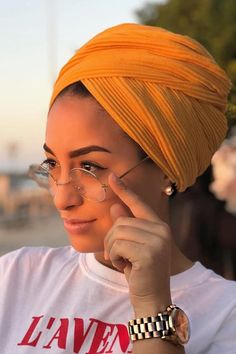 Classy glasses for Summer Turban Hijab, Mode Turban, Hair Turban, Hijab Outfit, Turban Outfit, Hair Wrap Scarf, Head Scarf Styles, Mode Hijab, Scarf Hairstyles