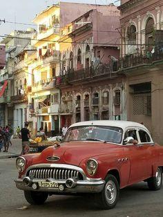Havanna Cuba, Cuban Cars, Fly To Cuba, Cuba Culture, Cuba Fashion, Cuba Photography, Cuba Beaches, Old American Cars, Visit Cuba