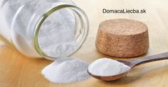 What is ingrown hair? Ingrown hair is a condition where the hair grows sideways into the skin. The condition is widespread in people who have curly or coarse hair. DIY Home Remedy For Ingrown Hair. Baking Soda Benefits, Baking Soda Uses, Baking Soda For Skin, Home Remedies, Natural Remedies, Health Remedies, Natural Facial, Natural Skin, Natural Beauty