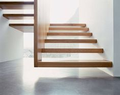 Timber Wall. Timber Staircase. Floating Staircase. White. Concrete.