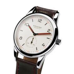 Club Automat sapphire crystal back | Beautiful watches purchased online. Directly from NOMOS Glashutte/SA.