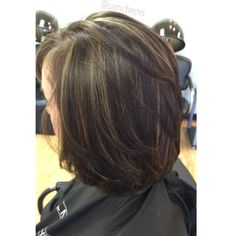 Highlights for short hair. Bob haircut with dark brown and partial foil.