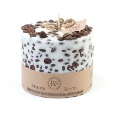 Handmade vanilla u. Coffee-scented soy candle with coffee beans - Handmade vani. - Handmade vanilla u. Coffee-scented soy candle with coffee beans – Handmade vanilla u. Candle Craft, Candle Wax, Coffee Bean Candle, Coffee Bean Decor, Coffee Theme, Coffee Gifts, Coffee Drinks, Coffee Cups, Homemade Candles