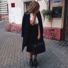 http://palaceofthefashionista.tumblr.com #closet #fashion #fashionblog #fashionblogger #fashionista #brunette #fashiondaily #ootd #stylist #style #glamorous #glam #fancy #rich #classy