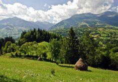 Pietrosu Mare peak, Rodna National Park in Romania! Bulgaria, Romania People, Tourist Info, Romania Travel, Landscape Pictures, Amazing Destinations, Travel Destinations, Places To See, Safari