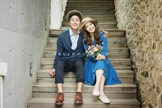 natural pre wedding photography in Korea. Blue and navy color matching look in Korea pre wedding photo shoot