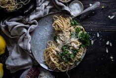 garlicky spaghetti w