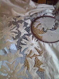 Richelieu embroidery