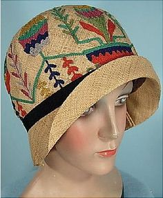 c. 1928 DAMACELLA  Natural Straw Cloche with Embroidered Colorful Yarn .4
