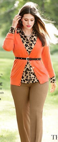 She's killin' that and I'm lovin' this look for work #lanebryant #fallcolors