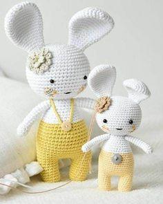 Mesmerizing Crochet an Amigurumi Rabbit Ideas. Lovely Crochet an Amigurumi Rabbit Ideas. Crochet Animal Patterns, Crochet Doll Pattern, Crochet Patterns Amigurumi, Amigurumi Doll, Crochet Dolls, Bunny Crochet, Crochet Mignon, Easter Crochet, Cute Crochet