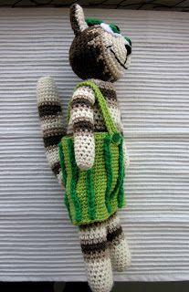 Kissa, Christmas Ornaments, Holiday Decor, Crochet, Christmas Jewelry, Chrochet, Crocheting, Christmas Baubles, Knits