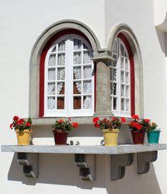 corner windows, Portugal enjoy portugal holidays www.enjoyportugal.eu