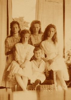 The last Imperial Children of Russia in 1909: from left, Tatiana, Anastasia, Olga, Alexei, and Maria.