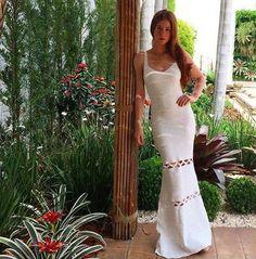 Marina Ruy Barbosa tem uma coleção de vestidos de tricot; confira os modelos!