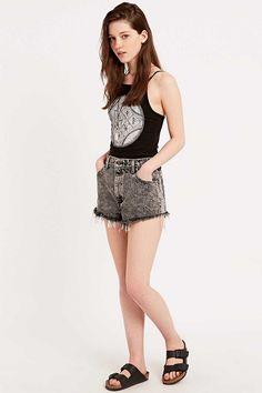 Urban Renewal Vintage Originals Raw Cut Acid Wash Shorts in Black - Urban Outfitters