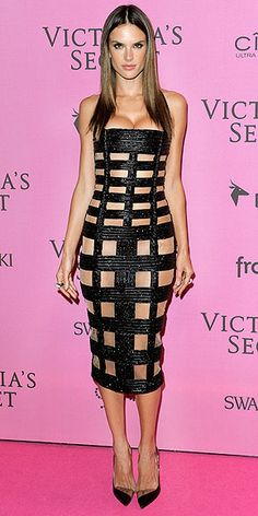 It's a model fashion face-off! The Brazilian stunner wears the same sexy Balmain dress at the the Victoria's Secret show...
