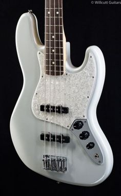 Fender Special Edition Jazz Bass White Opal (965)
