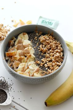 Superfoods Smoothie Bowl | Fabtastic Eats