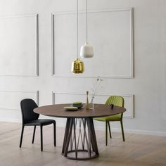 Stół Acco Miniforms Dining Table Price, Round Dining Table, Modern Classic Interior, Elegant Dining, Modern Design, Wood, Strong Character, Furniture, Designer