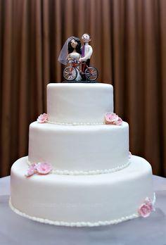 San Francisco Wedding // bicycle themed wedding cake