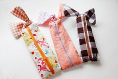 zipper pencil pouch tutorial, free zipper pencil pouch pattern, knotted zipper pencil pouch, make this cute zipper pencil pouch with free tutorial and pattern, pencil pouch tutorial
