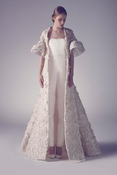 Fall in Love with the Ashi Studio Spring Summer 2015 Couture collection filled with contemporary wedding dress options for the avant garde bride. Couture Week, Spring Couture, Bridal Gowns, Wedding Gowns, Wedding Coat, Wedding Blog, Beautiful Dresses, Nice Dresses, Ashi Studio