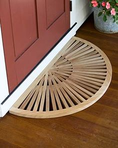 Half-Round Teak Doormat For a Beautiful Entrance. Woodworking Workshop, Woodworking Plans, Woodworking Projects, Wood Plans, Wooden Doors, Wood Crafts, Wood Projects, Diy Furniture, Sweet Home