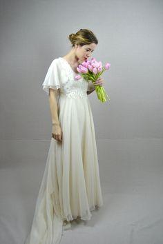 70s wedding dress / 1970s wedding dress / Nadine by BreanneFaouzi, $198.00