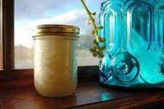 DIY Presents: Coconut Oil Sugar Scrub
