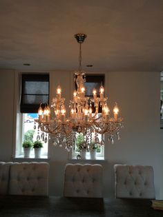 Lighting in every area is very essential, specifically in your dining room to bring back appetite. We will aid you discover a dining-room chandelier to create a pleasurable atmosphere. Dining Room Light Fixtures, Dining Room Inspiration, Decoration, Table Settings, Home And Garden, Chandelier, Ceiling Lights, Lighting, Interior